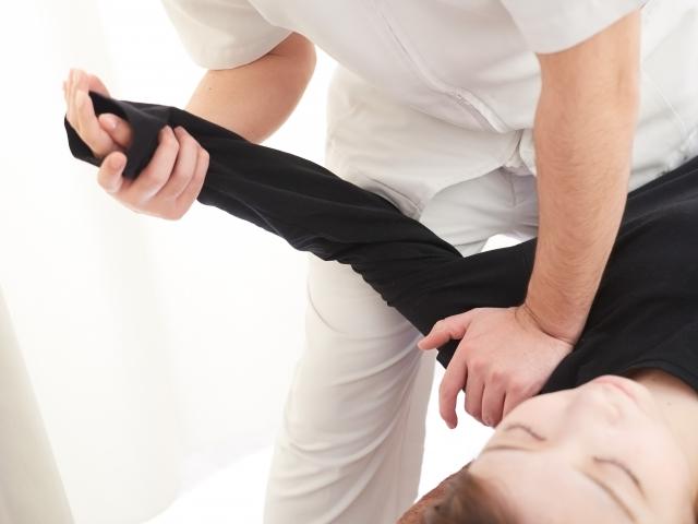 全身の歪みを整える施術で痛みの根本原因から改善します